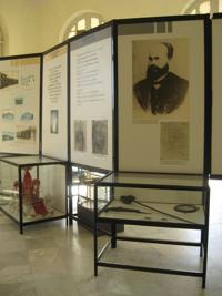 Roloff en el museo de Caibarién